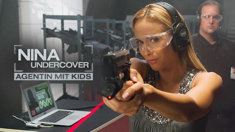 Nina undercover